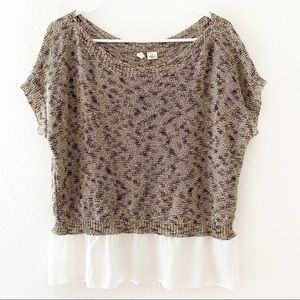 Moth | Short Sleeve Sweater with Skirted Bottom